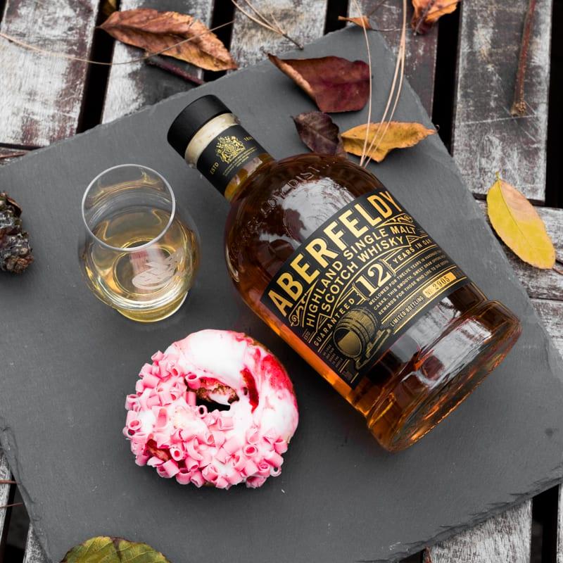 Aberfeldy 12 Strawberry Cheesecake - Whisky and Donuts